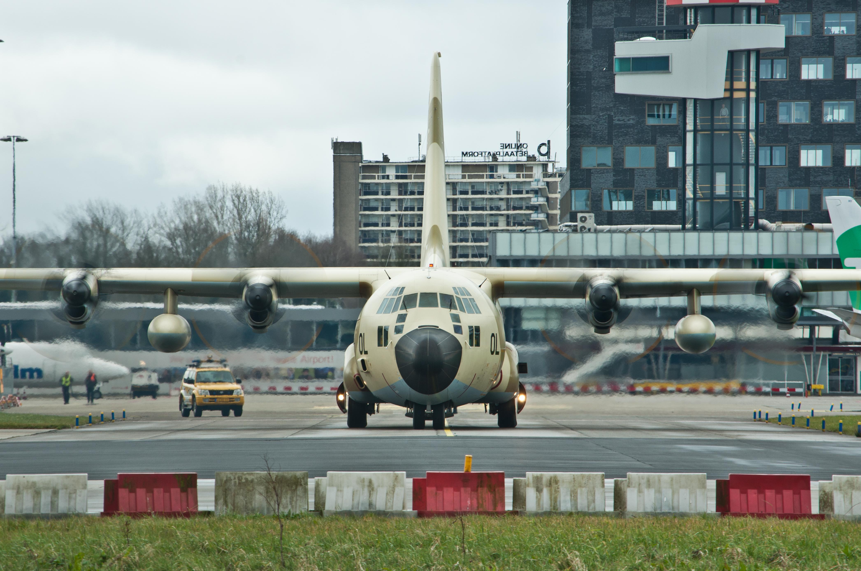 FRA: Photos d'avions de transport - Page 27 26022616851_82532ef9b2_o
