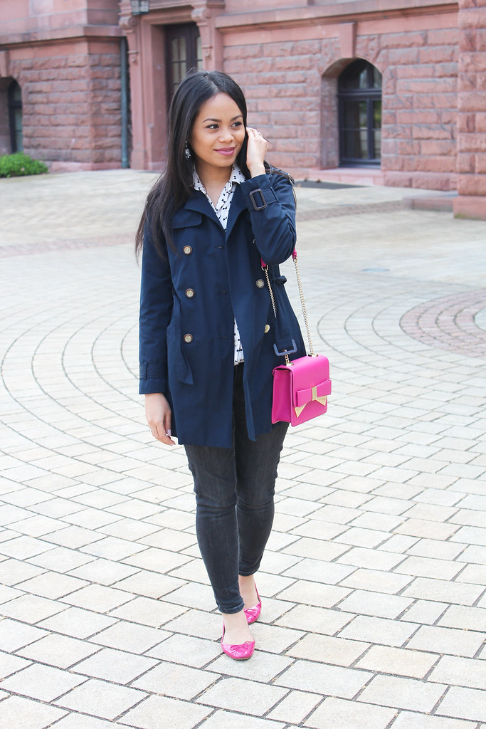 Zara trench coat and pink bow bag