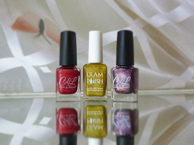 Colors by Llarowe No, I'm Still Tacky Glam Polish Scorpio Berries in the Snow