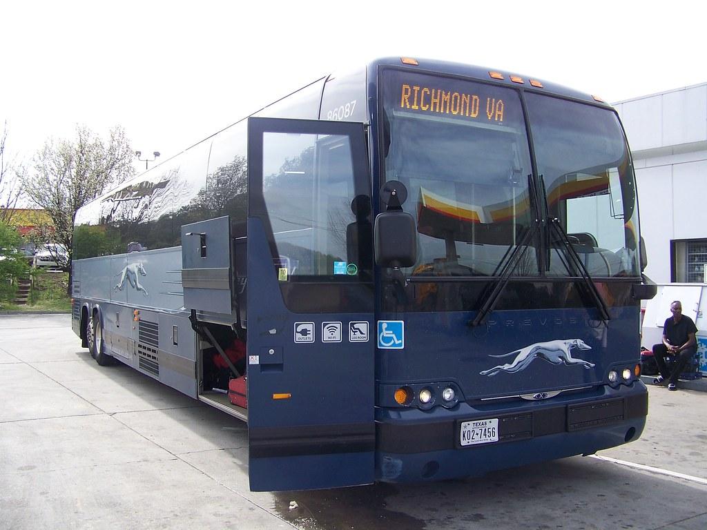 2009 Prevost X3-45 Greyhound Bus #86087 | Kristain Baty | Flickr