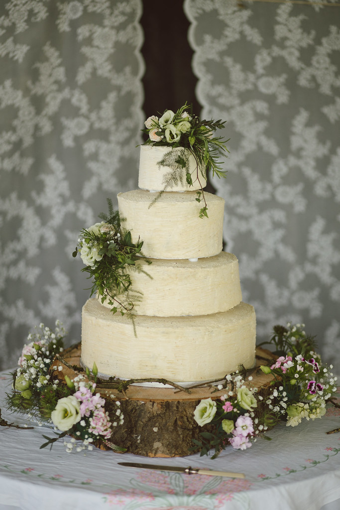 Wedding Photography Flickr: Wedding Cake With A Rustic And Natural
