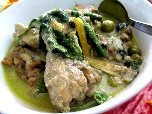Payung Cafe green curry chicken