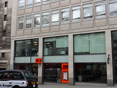 Picture of Yo Sushi, SW1Y 4QX