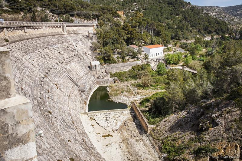 Vistas desde lo alto de la presa