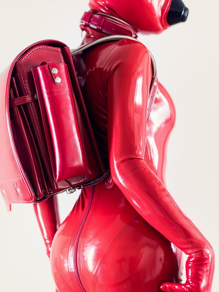 latex dress mobil mötesplatsen