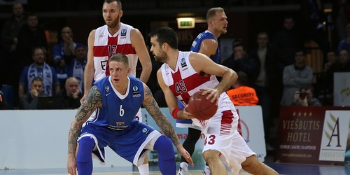 Olimpia survives Neptunas' rally 74-73