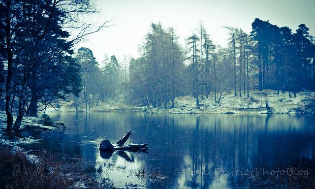 英国 イギリス 湖水地方 ターン・ハウズ 湖 風景 自然  冬