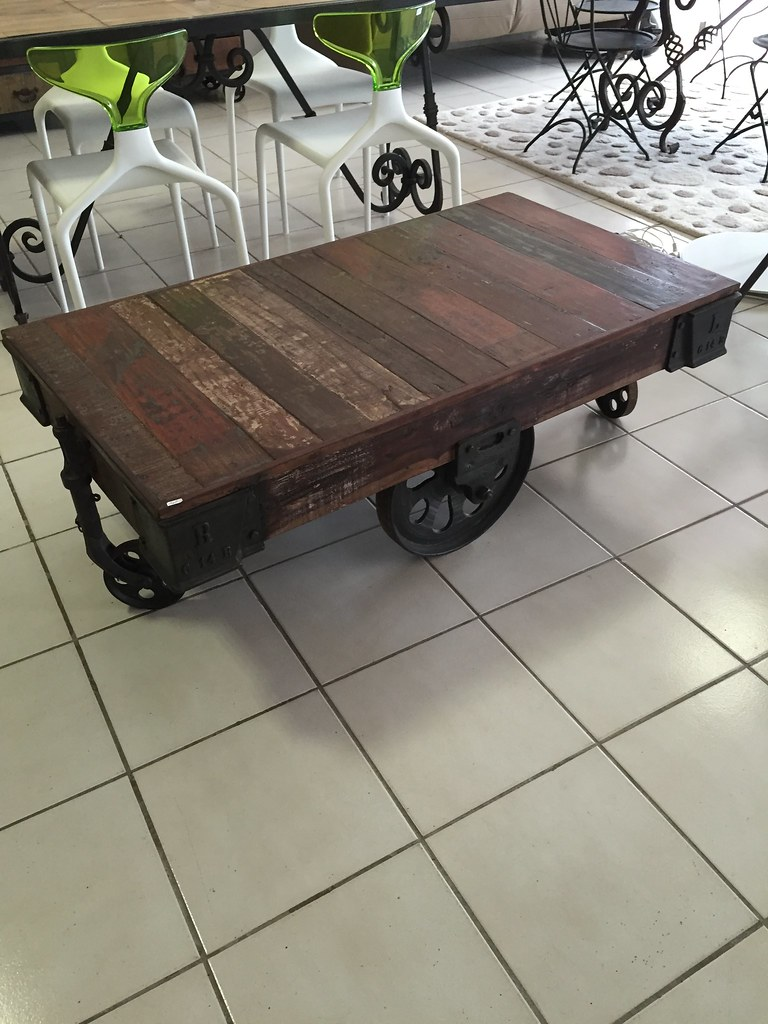 Table basse chariot  curiositepassions  Flickr -> Table Basse Industrielle Chariot Ptt