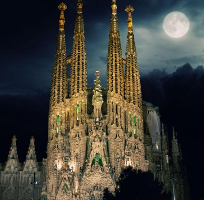ये 10 हैं दुनिया के सबसे खूबसूरत चर्च, देखें तस्वीरें
