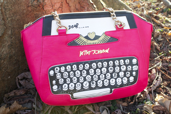 betsey johnson typewriter purse