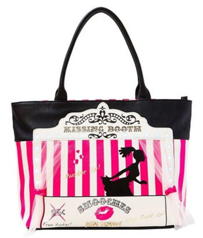 betsey johnson kissing booth purse