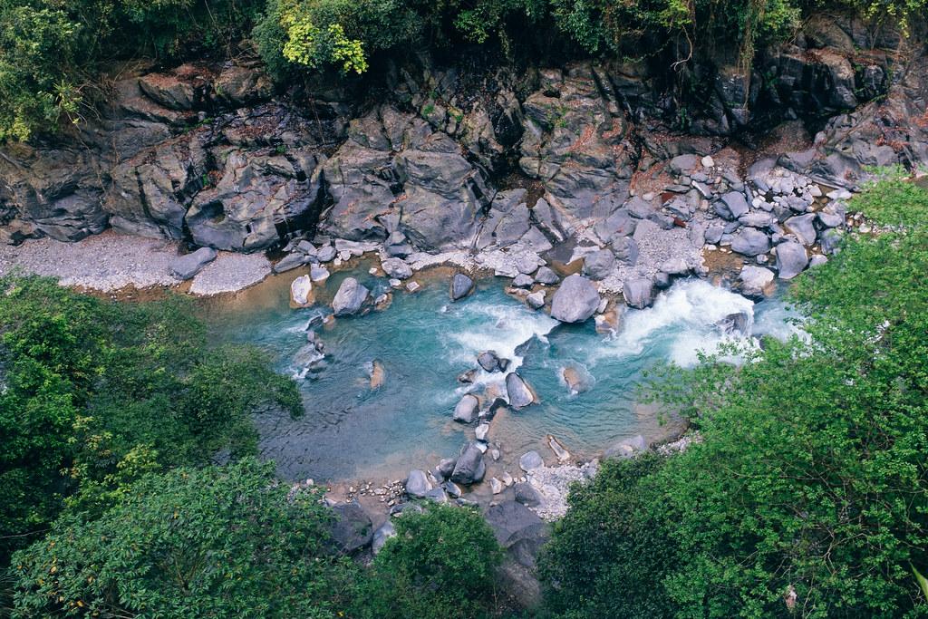 Los arroyos cercanos ofrecen la posibilidad de hacer deportes de aventura