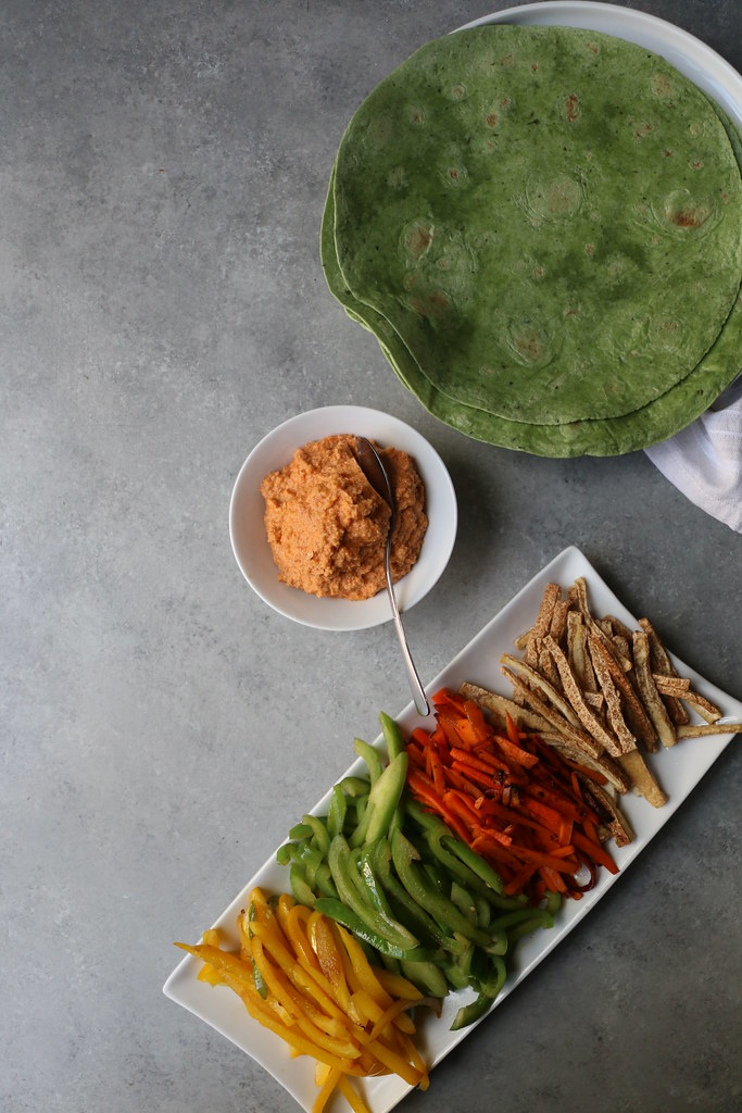 Vegetable-Tofu Wrap with Spicy Almond Cream @foodfashionparty