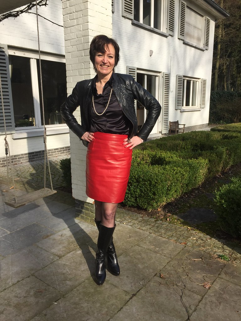 Img4906  New Red Leather Skirt Of My Lovely Wife -7577