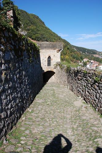 Cuesta del castillo de Foix