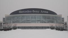 Mercedes-Benz Arena im Schnee