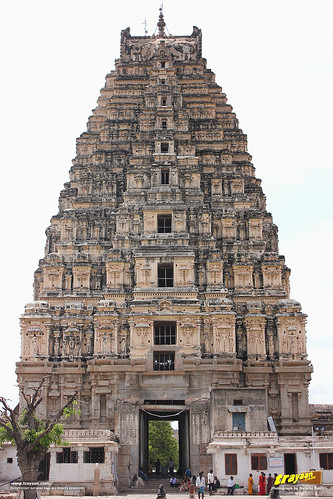 Main gopura entrance tower of Virupaksha Temple complex, Hampi, Ballari district, Karnataka, India