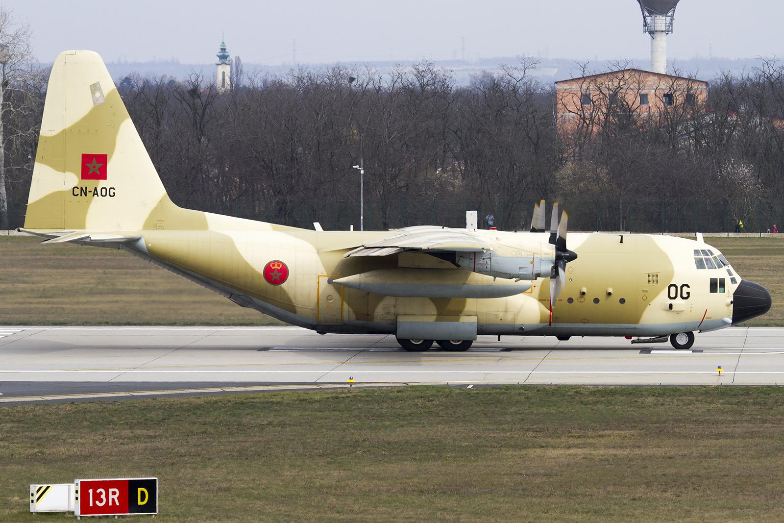 FRA: Photos d'avions de transport - Page 27 25820134640_6d6ac5125a_o