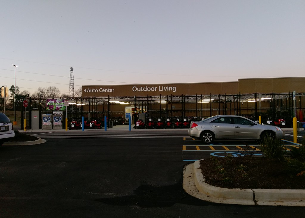 horn lake walmart  auto center and outdoor living  again