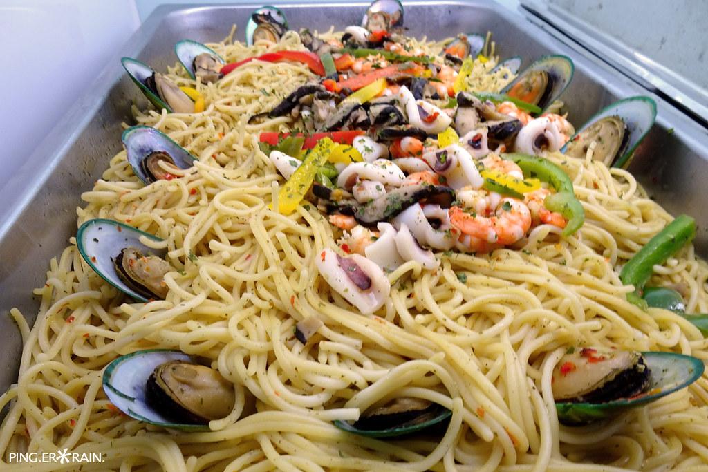 Olio Aglio Seafood Spaghetti