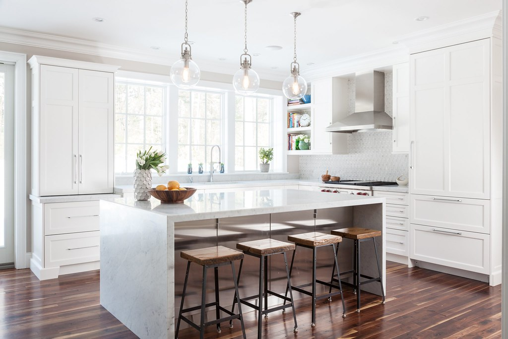 The new super kitchen calls for pro help houzz the for Kitchen cabinets houzz