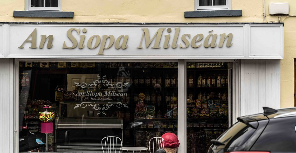 QUICK VISIT TO MAYNOOTH [AN SIOPA MILSEAN - THE SWEET SHOP ...