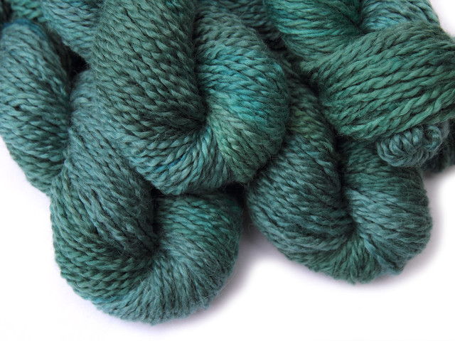 Marshmallow Cloud Baby Alpaca Chunky hand-dyed yarn 'Lake Haze'