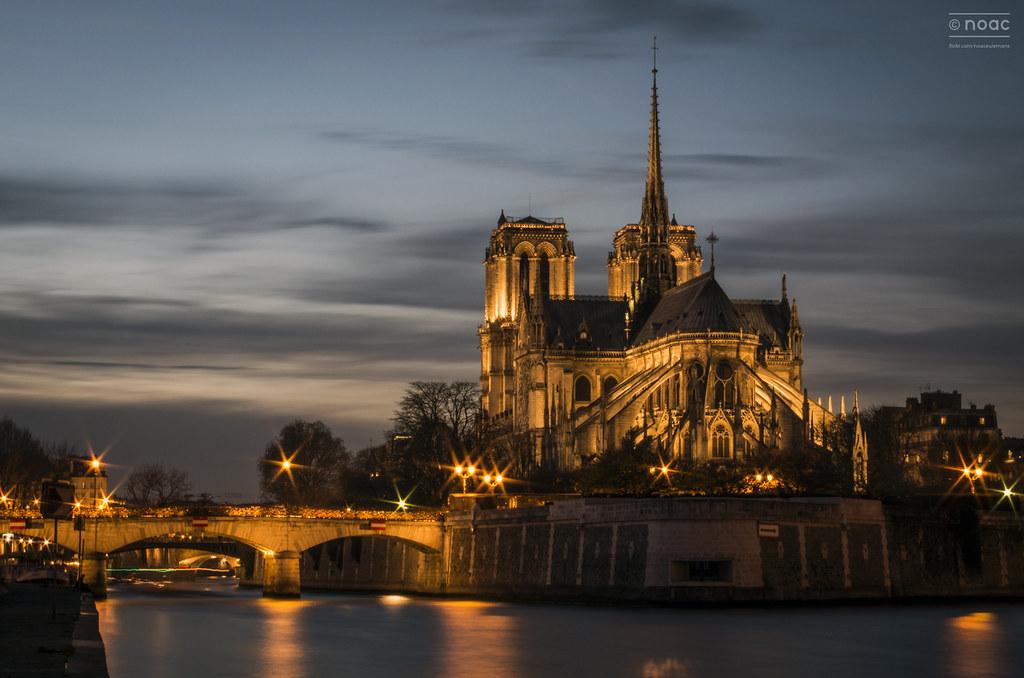 """Notre Dame de Paris au Coucher de Soleil   """"Notre-Dame of ..."""