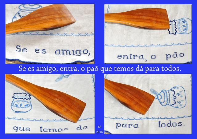 """Im Deutschen gibt es einen Spruch zum Thema Gastfreundschaft: """"Fünf sind geladen, zehn sind gekommen. Gieß Wasser zur Suppe, heiß alle willkommen"""". Nun habe ich eine nette Variante in Form einer Stickarbeit auf Portugiesisch entdeckt: """"Se es amigo, entra, o paõ que temos dá para todos"""". Ich habe es recht frei (und hoffentlich einigermaßen richtig) übersetzt mit: """"Bist du ein Freund, tritt ein, das Brot, das wir haben, ist für alle."""" Foto Fotocollage Brigitte Stolle 2016"""