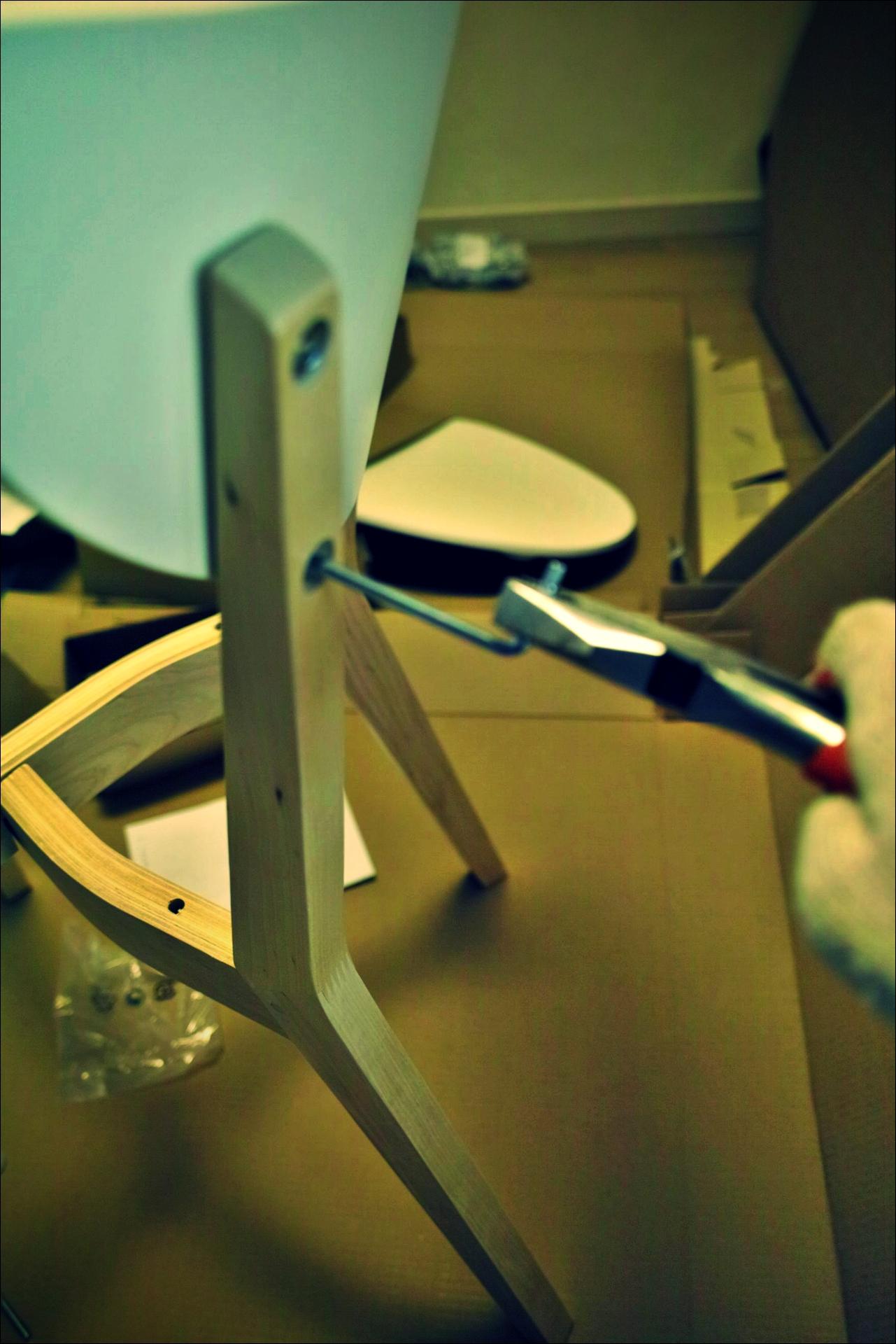 펜치 활용-'이케아 가구 조립 노하우. How to assemble ikea furnitures'