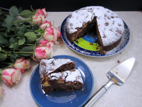 Brown apple cake