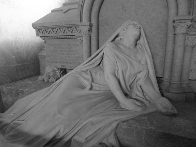 Tumba de la Duquesa de Palmela (Cementerio de los Placeres, Lisboa)