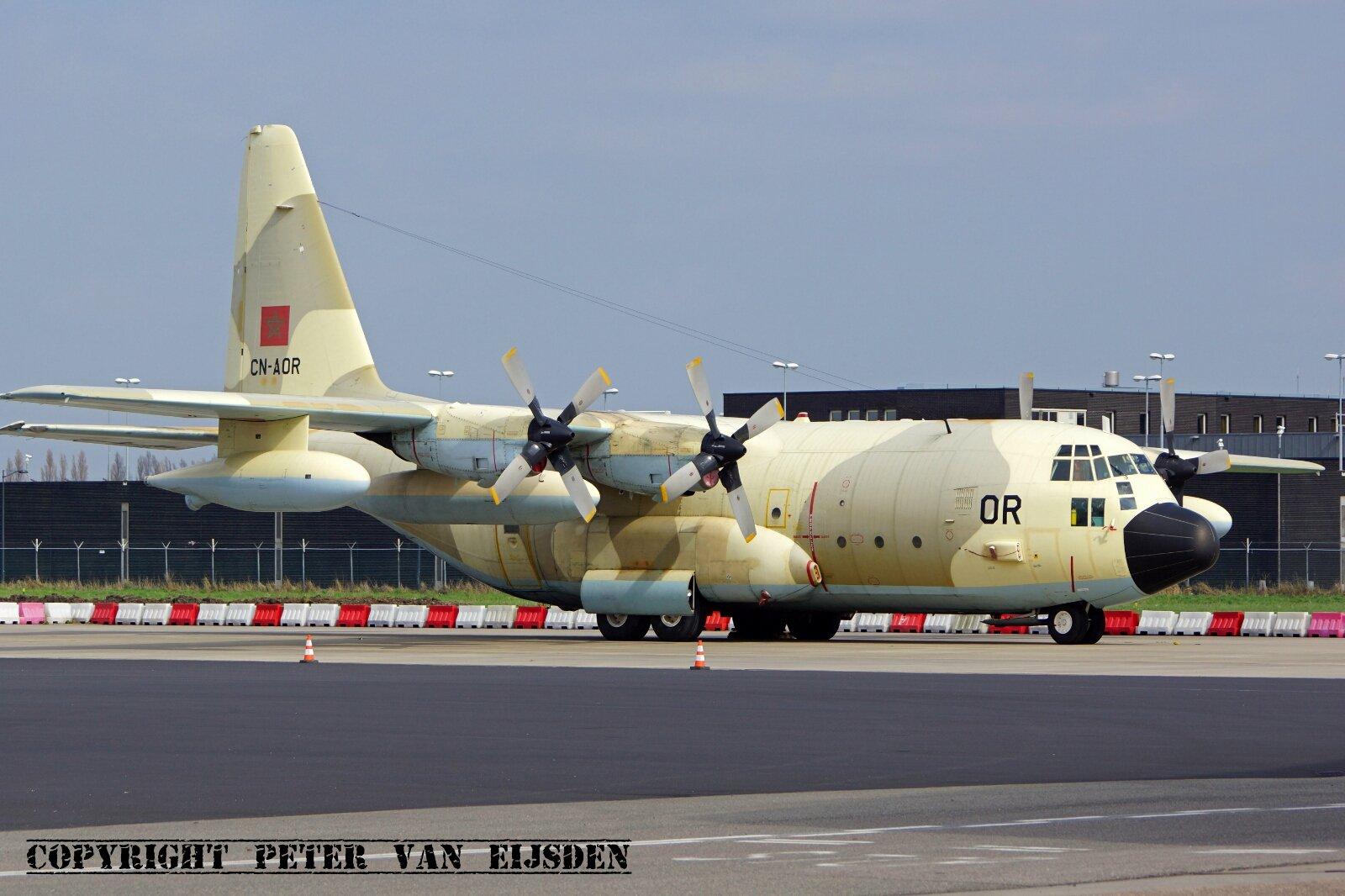 FRA: Photos d'avions de transport - Page 27 26054201705_abebfbf97f_o