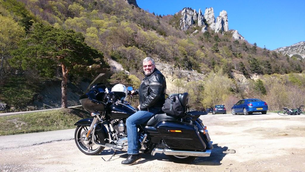 Votre serviteur à moto dans le Vercors