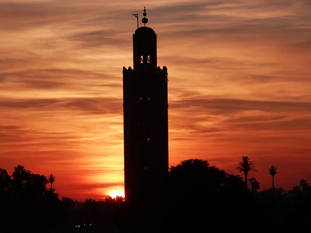 Atardecer en la Kutubiya desde el Café de France (Plaza Jemaa el-Fna de Marrakech)