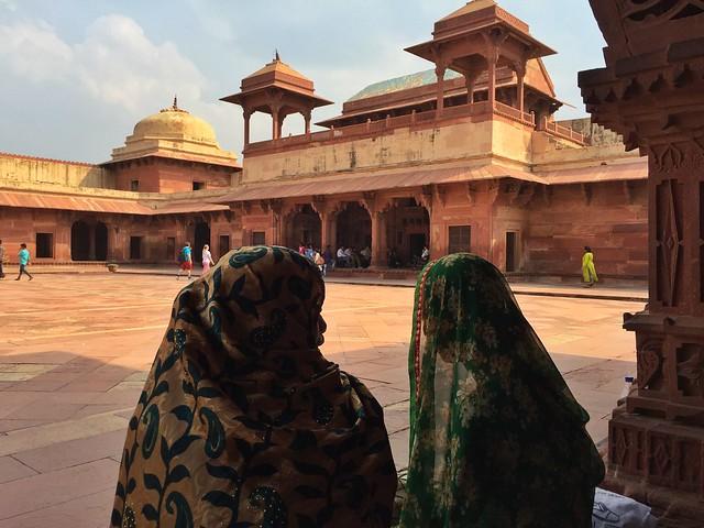 Mujeres en Fatehpur Sikri (India)
