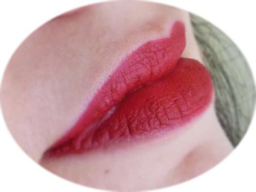 AVON Ruby Kiss