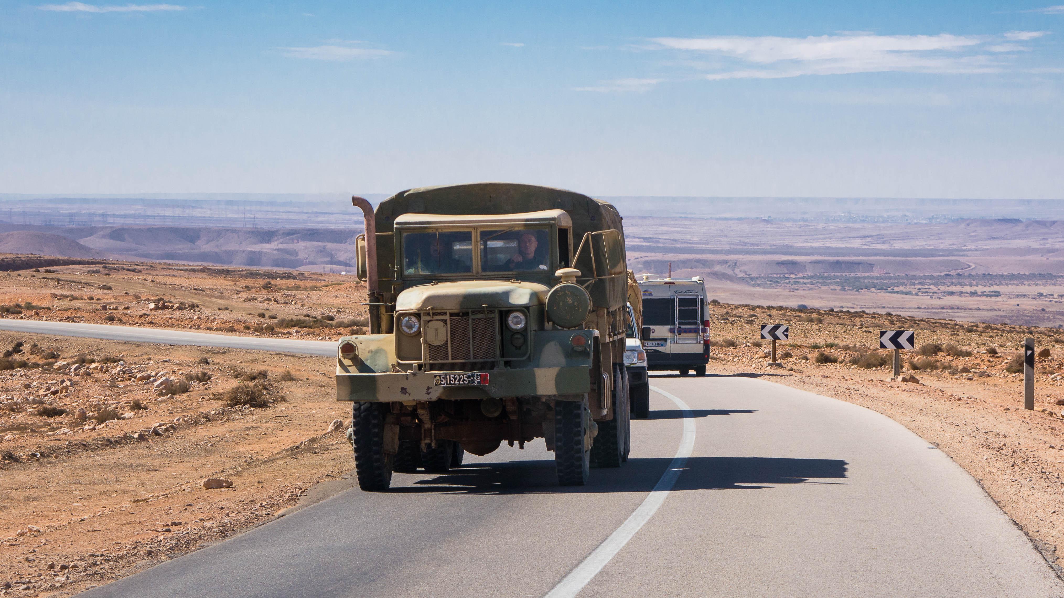 Photos - Logistique et Camions / Logistics and Trucks - Page 5 25406740384_d9ee16937f_o
