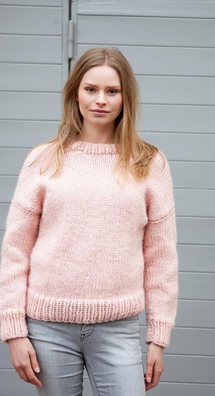 Fashion World Knitwear