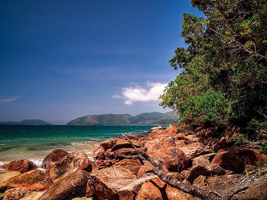 Praia do Lázaro, vista da costeira;