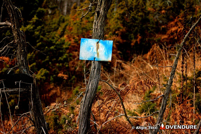 A barber, one of the first members of S.E.O Florina, placed the first handwritten signs on the paths before about 30 years!