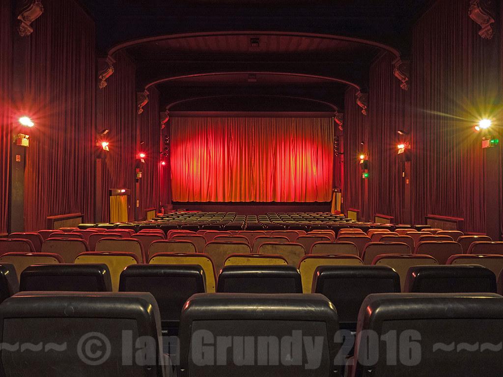Carlton Westgate 1535 Carlton Cinema Town Hall