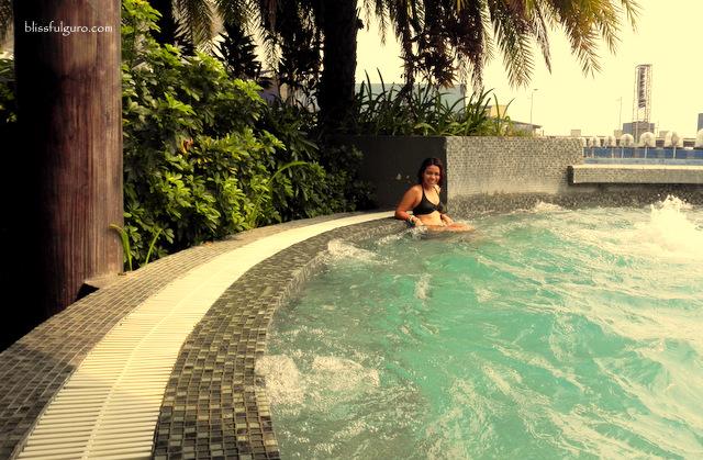 Hotel H2O Manila Lounge Pool