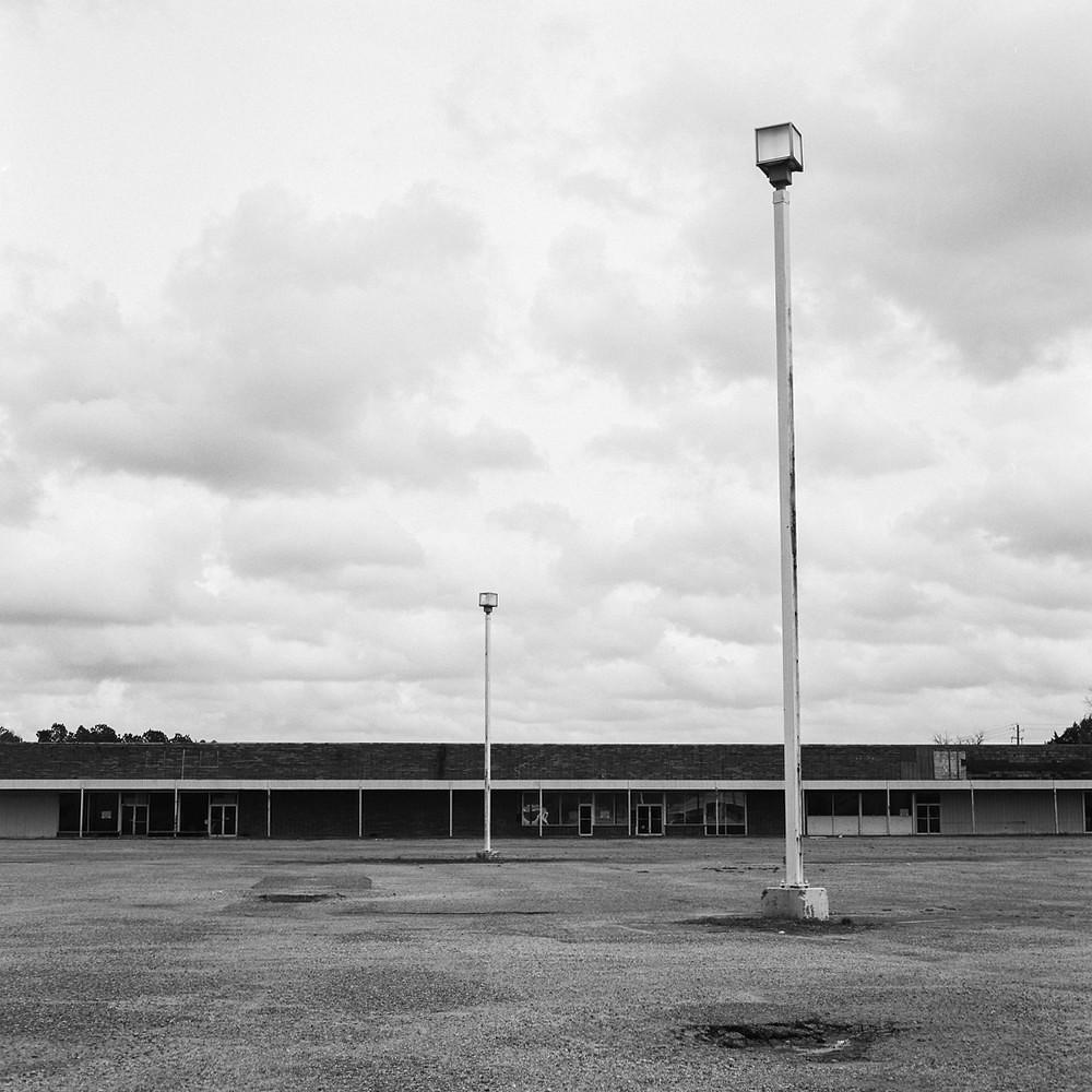 Fayette Mall 1 - Mamiya C330f | Kodak Tri-X 400