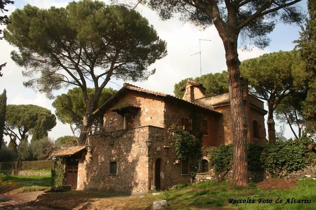 1817 ca 2010 casa di campagna sulla via appia antica beat for Piani casa colonica di campagna