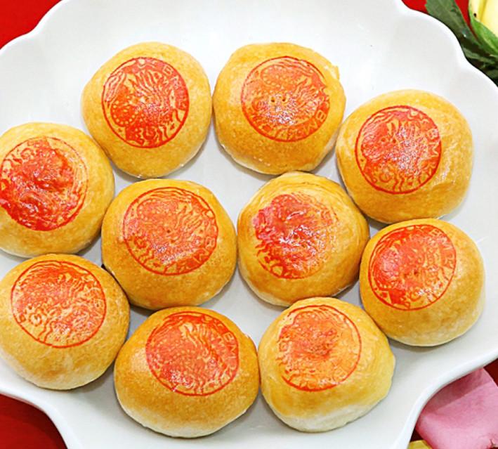 Ngoài Kẹo Dừa Bến Tre, Bánh Piá Sóc Trăng cũng là một mặt hàng hấp dẫn người tiêu dùng TQ