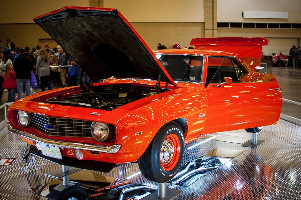 World of Wheels Custom Car Show - 1/9/16 | Chattanooga Conve ...