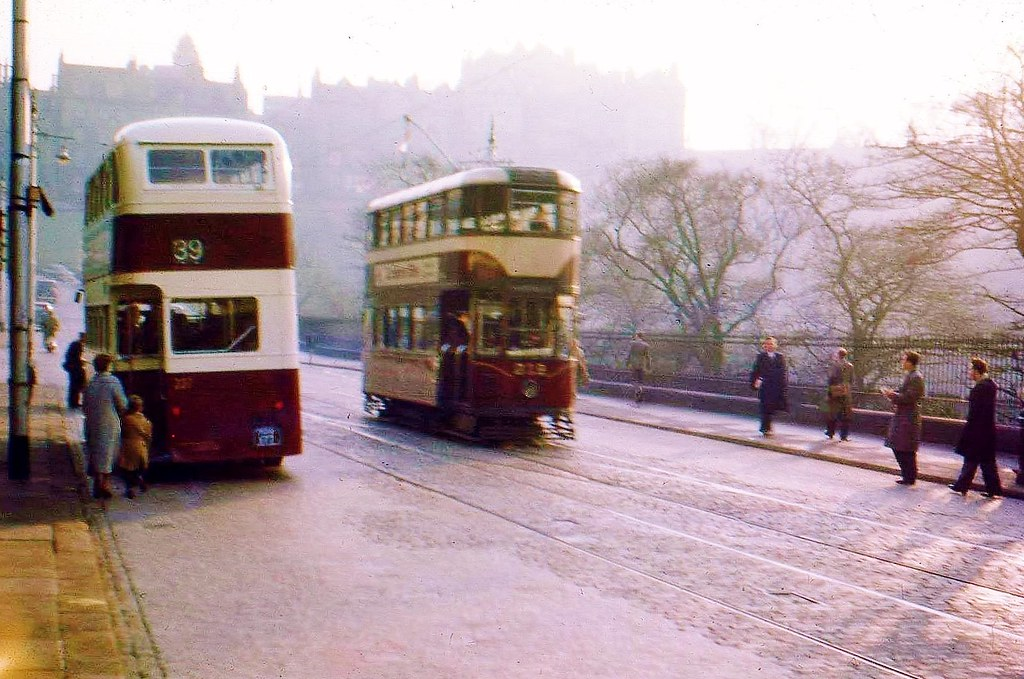 Tram Meets Bus Despite What Many Believe Edinburgh S