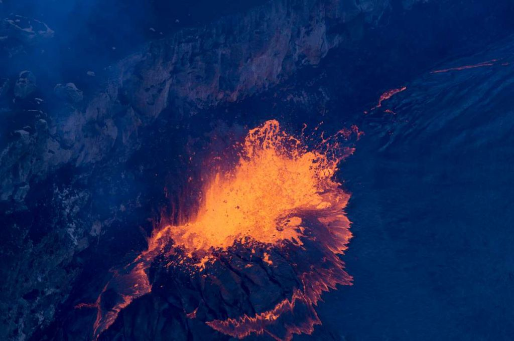 Throw rubbish into volcanoes on the line? Just not that simple