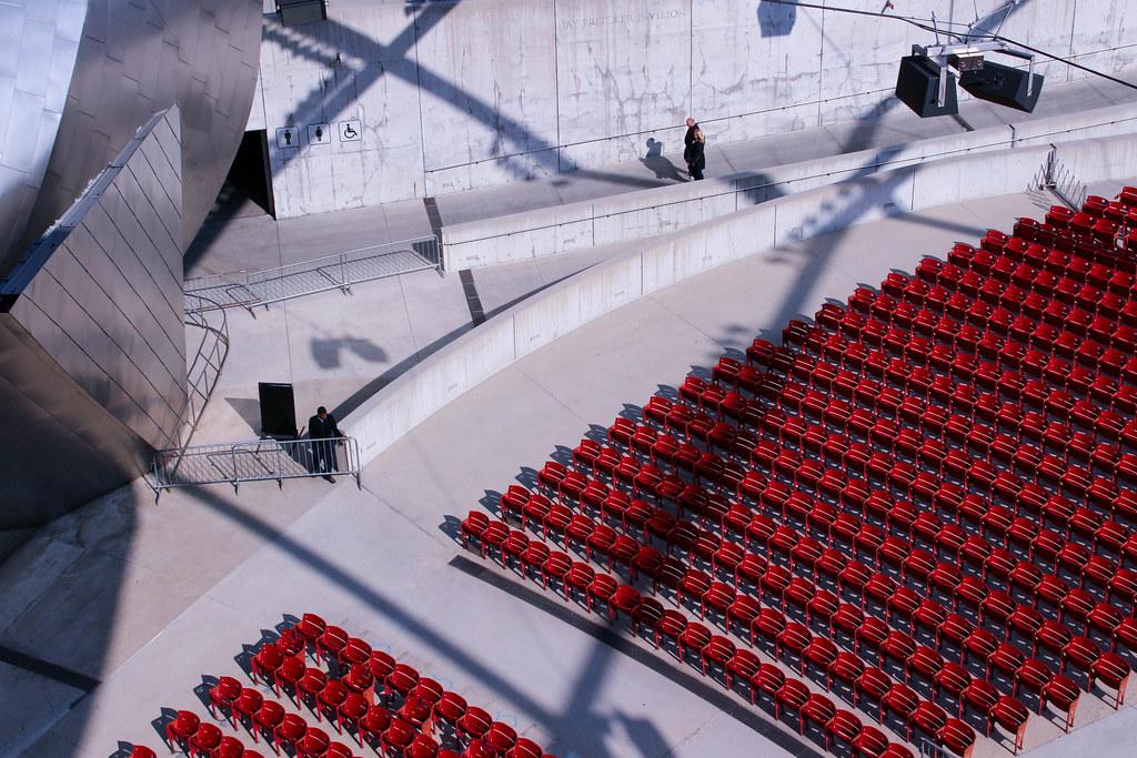 Sujeong Lee-Vacant seats, Pritzker Pavilion